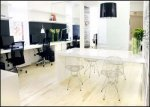 Przykład otwartej przestrzeni pracy w biurze